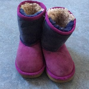 Size 8 toddler ugg boots purple lavender and blue